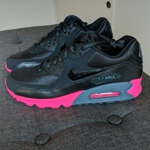 Brand New w/o Box Nike Air Max